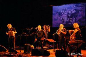 4 musiciens sur scène
